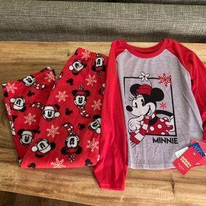 NWT Minnie Mouse Pajama Set